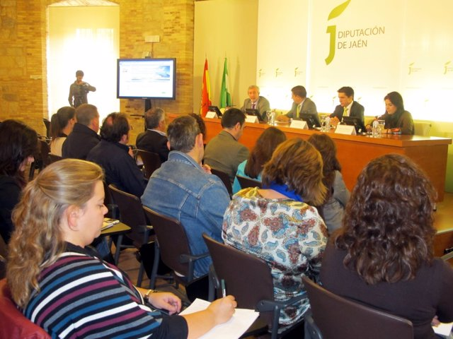 Presentación de la aerolínea Hispania Airways a agentes turísticos de Jaén.