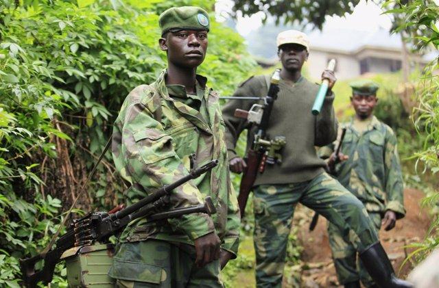 Combatientes del Movimiento 23 de Marzo (M-23) en el este de la RDC