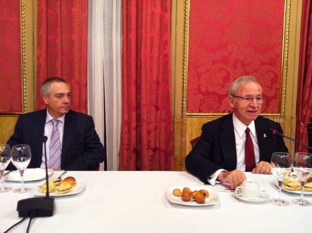 Pere Navarro (PSC) y Miquel Valls