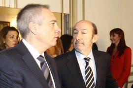 Navarro confía en un acuerdo sobre el derecho a decidir