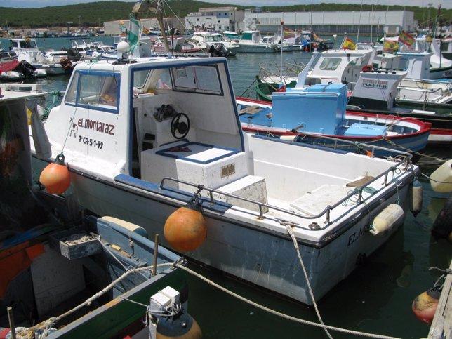 Embarcación intervenida en la Operación Mariscador