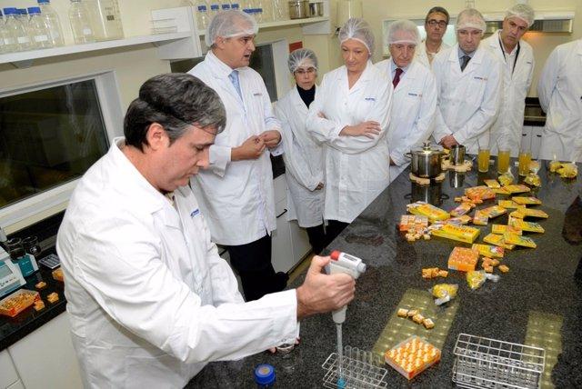 La presidenta visita la fábrica de Ballobar