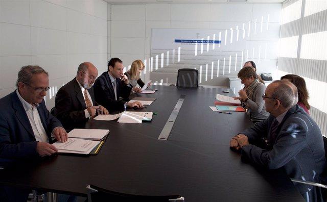 Reunión Entre El Principado Y Secretarios Judiciales