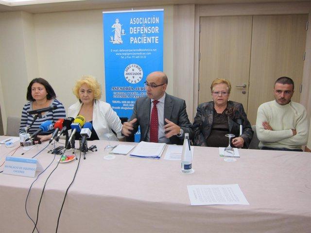 Presidenta De La Asociación De El Defensor Del Paciente Y Familiares Afectados