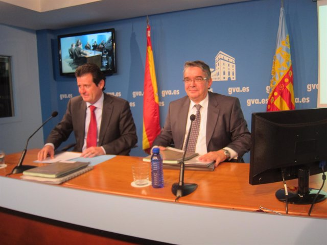 José Císcar Y José Manuel Vela En Rueda De Prensa