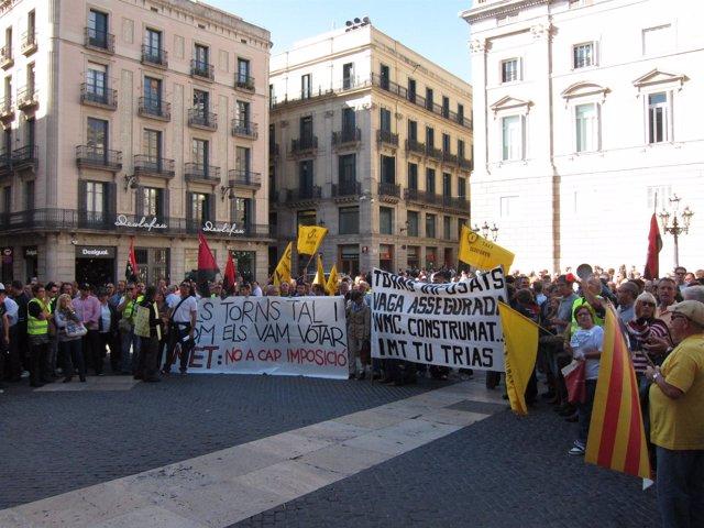 Manifestación de taxistas, la mayoría autónomos, contra el sistema de turnos