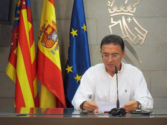 Serafín Castellano En La Rueda De Prensa