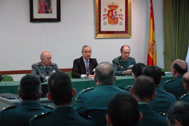 Fernández de Mesa, en su visita a la Comandancia de Valladolid.
