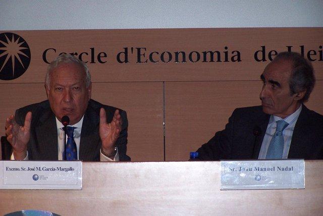 El ministro J.M.García Margallo y Juan Manuel Nadal (Cercle d'Economia Lleida)