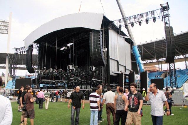 Escenario Concierto Shakira En Almería