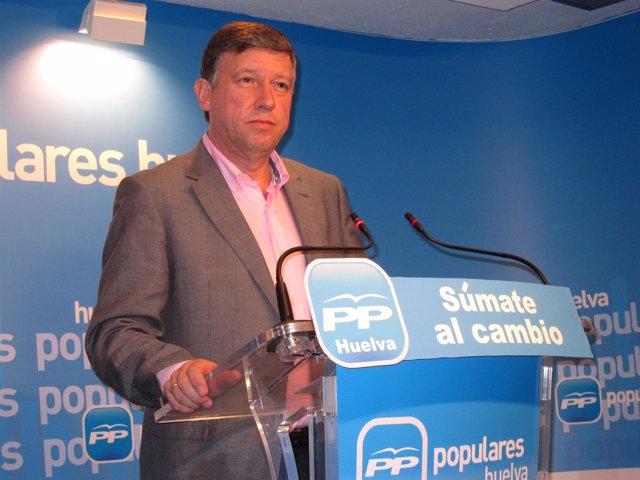 El Candidato Al Congreso Por El PP De Huelva Carmelo Romero.