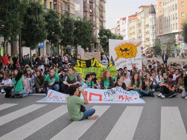 Estudiantes en la manifestación