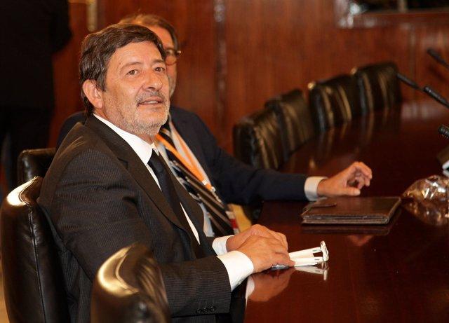 Guerrero comparece en la comisión del caso ERE