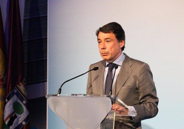 Ignacio González Acto Presentación III Fase Ciudad Real Madrid