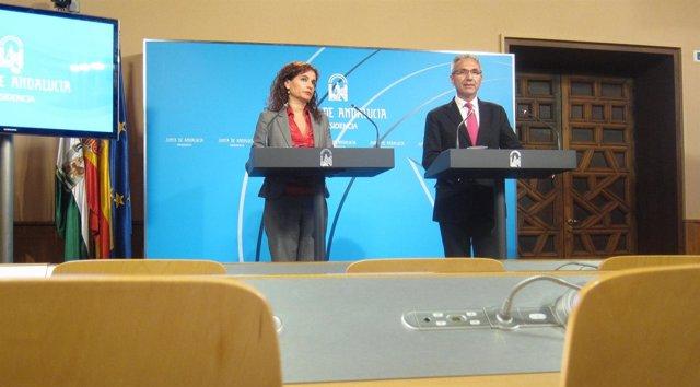 María Jesús Montero y Miguel Ángel Vázquez