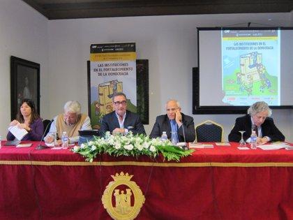 Arranca el Foro Eurolatinoamericano de Comunicación con un análisis sobre instituciones y constituciones