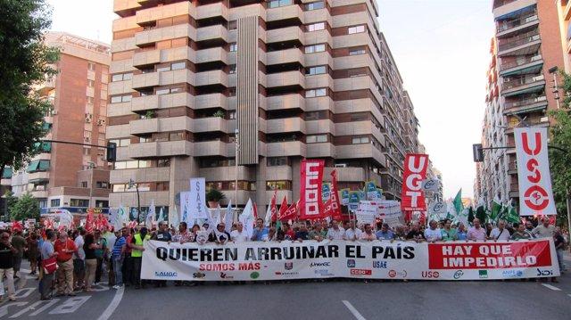 Manifestación jornada lucha contra recortes servicios públicos
