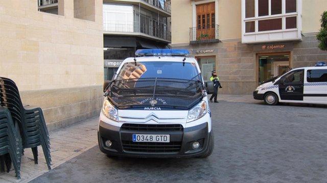 Coches De La Policía Local De Murcia Controlan Centro  En Día De Huelga General