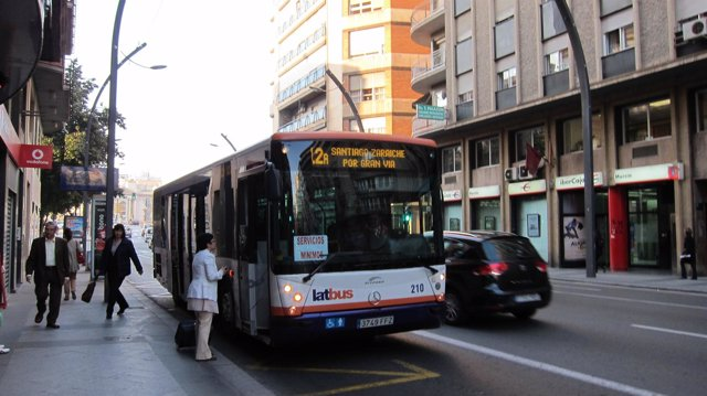 Autobús De Murcia En Servicios Mínimos