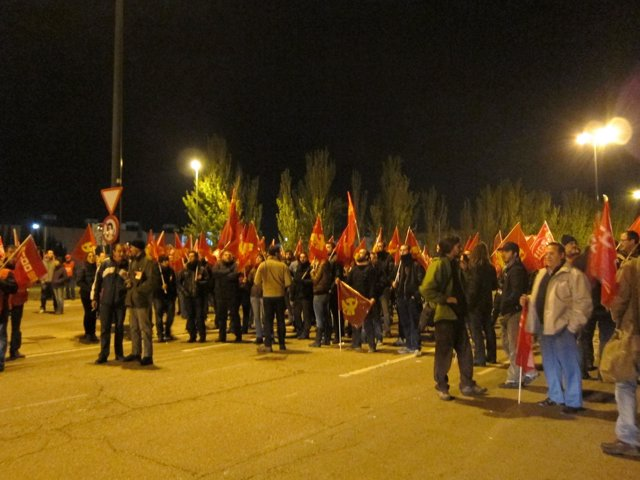 """Los sindicatos tachan de """"satisfactorio"""" el seguimiento en Teruel"""