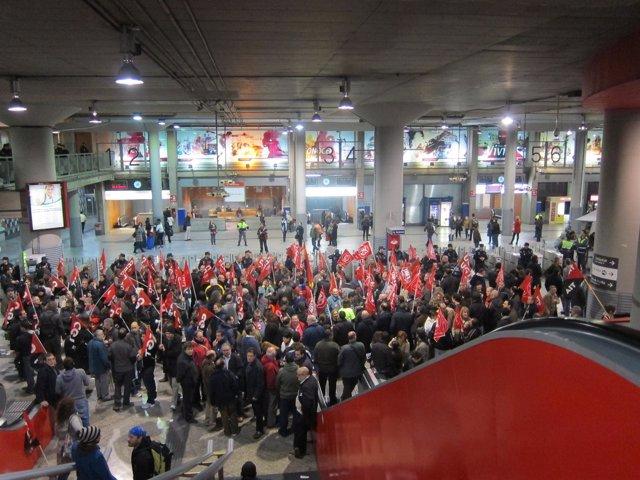Jornada de huelga en la estación de Atocha