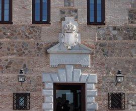 El 5 por ciento de los trabajadores de las Cortes de Castilla-La Mancha secunda la convocatoria