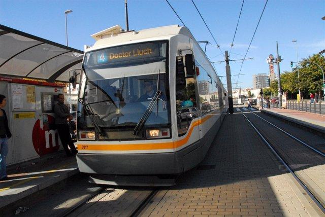Tranvía De Metrovalencia, imagen de archivo.