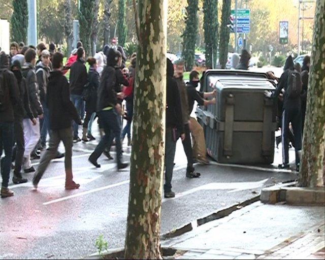 Huelga General Del 14N En Valencia. Movimiento De Contenedores