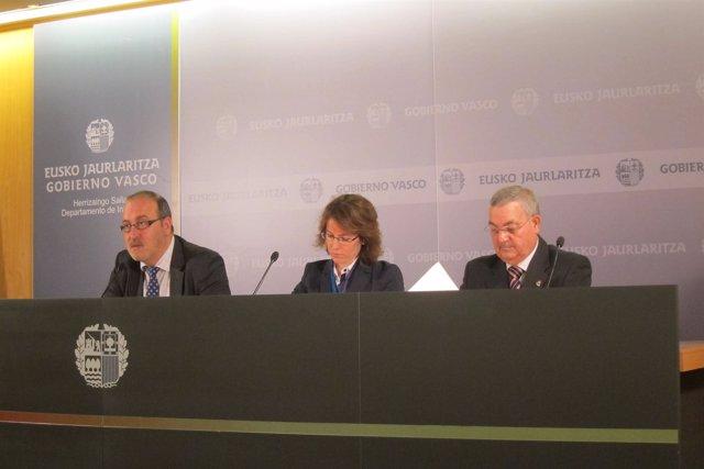 Los viceconsejeros Migue Buen, Juan Carlos Ramos y Sonia Pérez