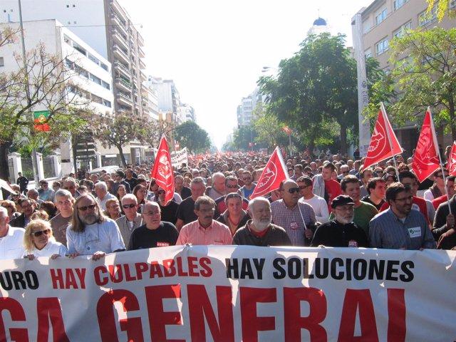 Manifestación en Cádiz con motivo del 14N