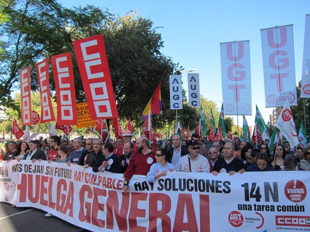 Cabezera de la manifestación en Córdoba