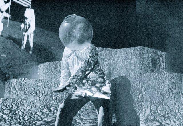 Viaje a la luna, de Producciones Imperdibles