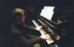 El Pianista Carlos Apellániz