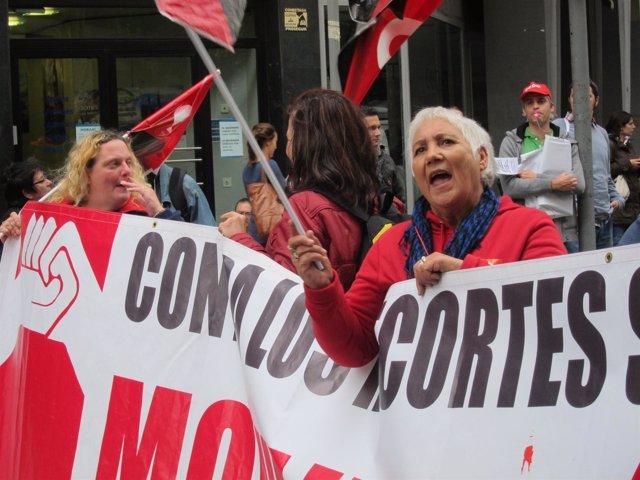 Protesta durante la huelga en Barcelona 14N