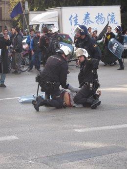 Uno de los arrestados en la manifestación de Palma