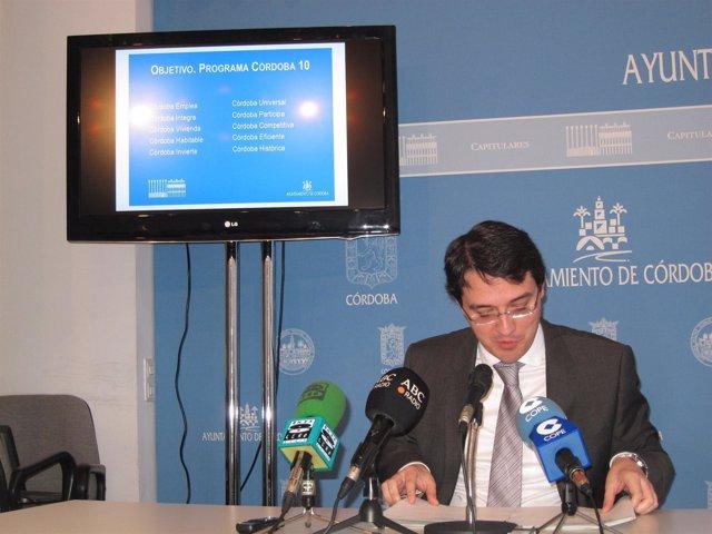 Bellido presenta los presupuestos de 2013