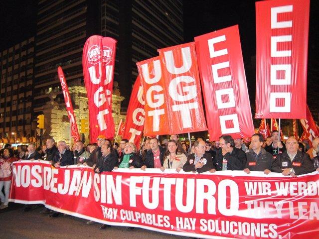 Manifestación tras la huelga general del 14N
