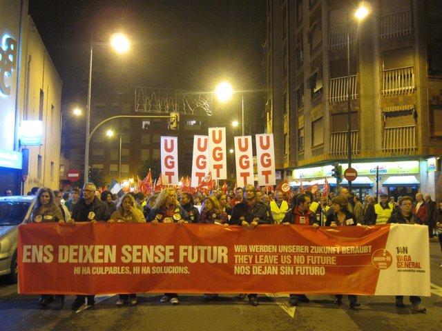 Manifestantes En Castellón