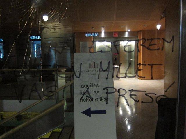 Destrozos en el Palau de la Música en la huelga 14N de 2012 en Barcelona