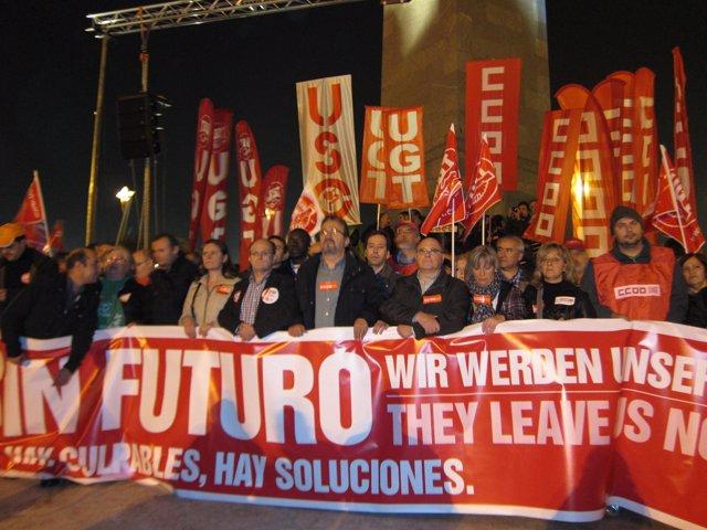 Manifestación del 14N a su llegada a la Plaza de Europa de Zaragoza
