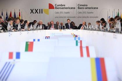 """Cumbre Ib.- México y países centroamericanos exigen una """"reflexión inaplazable"""" sobre despenalizar las drogas"""