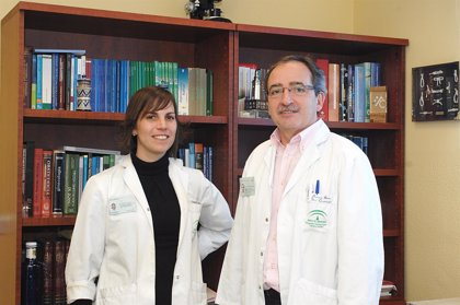 """Ginecólogos del Hospital Reina Sofía de Córdoba usan una técnica """"pionera"""" que vaporiza miomas con láser de diodo"""