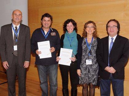 Un estudio sobre la vacuna de la gripe A en Navarra recibe el premio 'Mejores iniciativas en vacunación antigripal 2012'