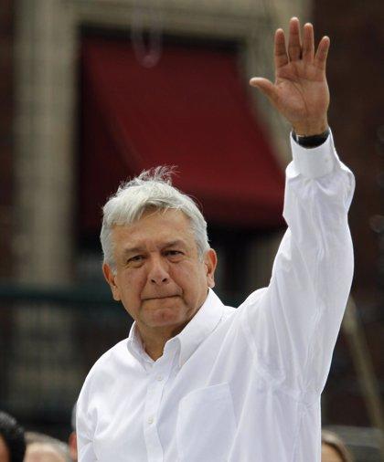 López Obrador convoca protestas el 1 de diciembre contra la toma de Peña Nieto