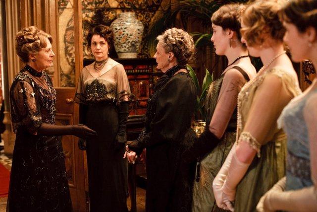 Downton Abbey\' logra la cuarta temporada