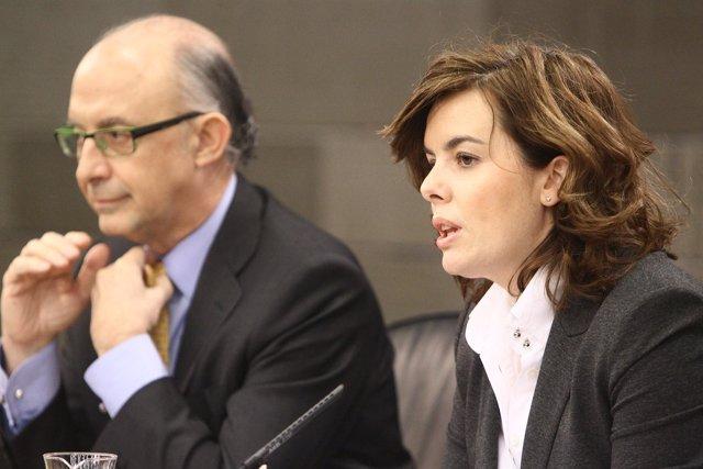 Cristóbal Montoro Y Soraya Sáenz De Santamaría En Consejo De Ministros