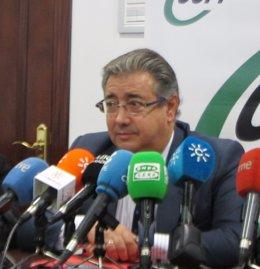 El presidente del PP-A, Juan Ignacio Zoido, hoy en rueda de prensa en CSI-F