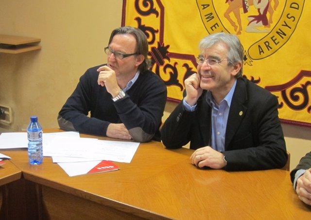 El alcalde de Vic, J.M. Vila d'Abadal, y el de Arenys de Munt, J.M.Ximenis