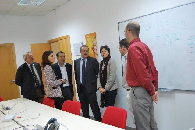 Ruiz Espejo visita la empresa CSC