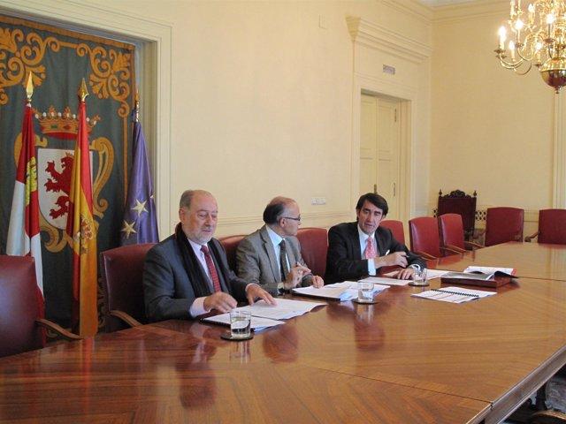 Reunión de coordinación de vialidad invernal entre Asturias y CyL